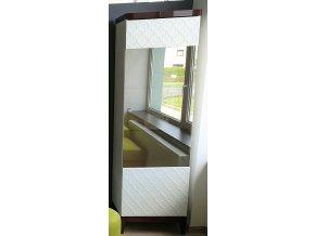 30A Designová jednodílná vitrína vzor