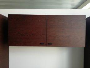 Designová dvojdílná závěsná skříňka GRANDE vrchní
