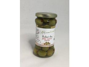 Zelené olivy plněné červenou paprikou