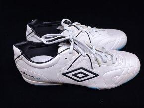 Pánské sportovní sálové boty UMBRO vel. 42,5