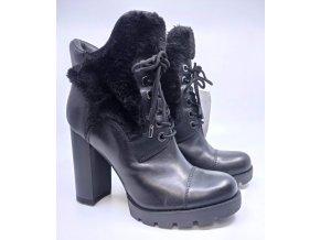 Dámská zimní kožená obuv Guess