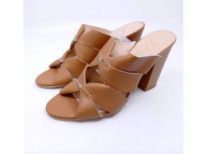 Módní kožené pantofle na podpatku Di Nuovo