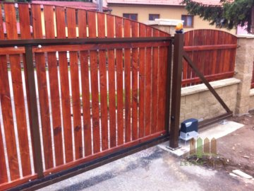 Brána samonosná -vlastní výplň hnědá 2000x3500