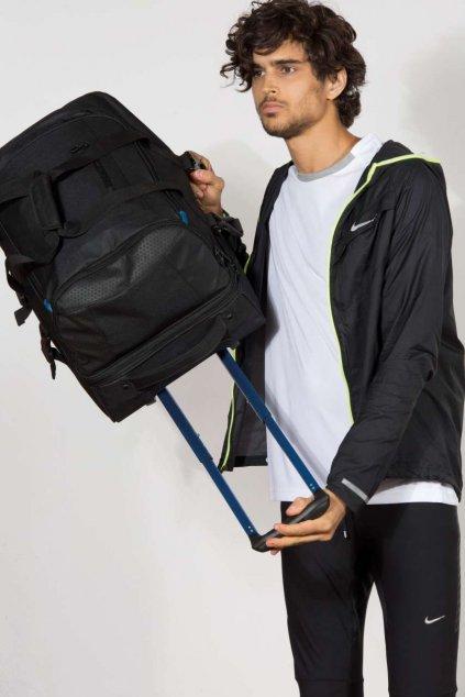 Cestovní taška s kolečky a teleskopickým držadlem