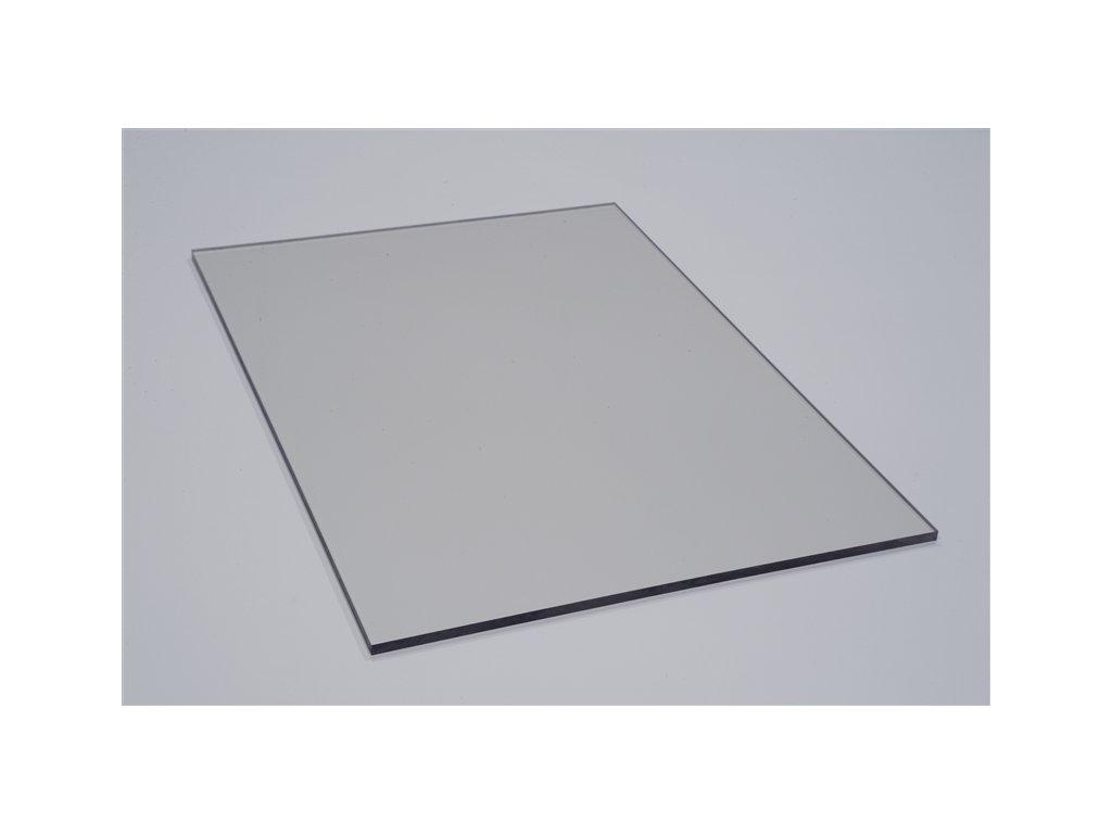 Čiré polykarbonátové desky plné
