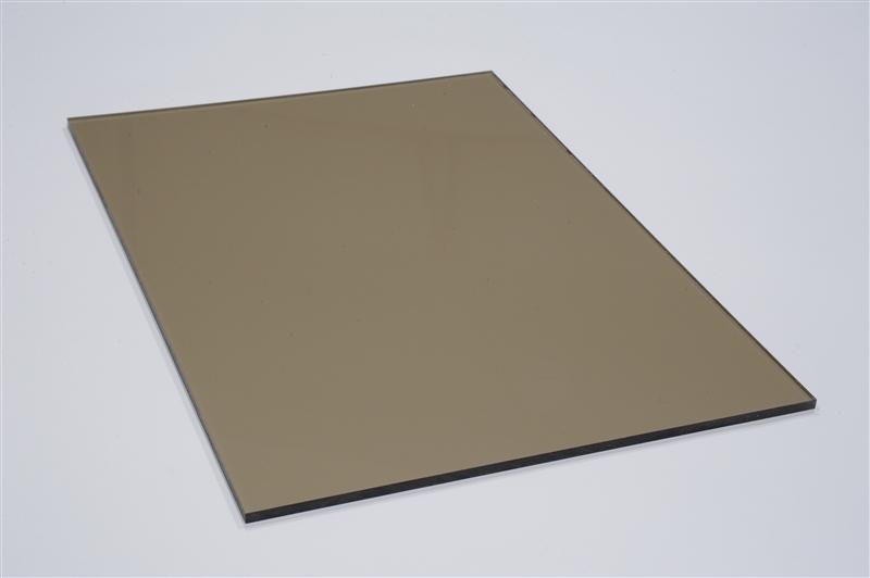 Plné polykarbonátové desky s UV filtrem