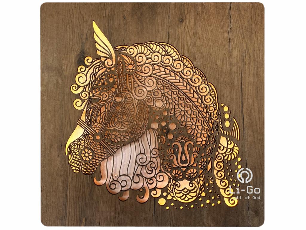 """""""Hlava koně"""" obrazové svítidlo s power bankou 62x62cm"""