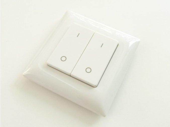 Dálkový vysílač LED svítidlům, dvojkanálový