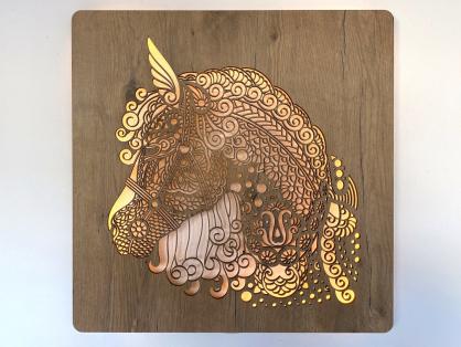 """""""Hlava koně"""" obrazové svítidlo 62x62cm"""