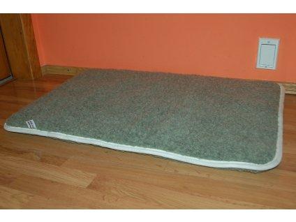 Vlněný antialergický pelíšek pro psa a kočku olivový (lama)
