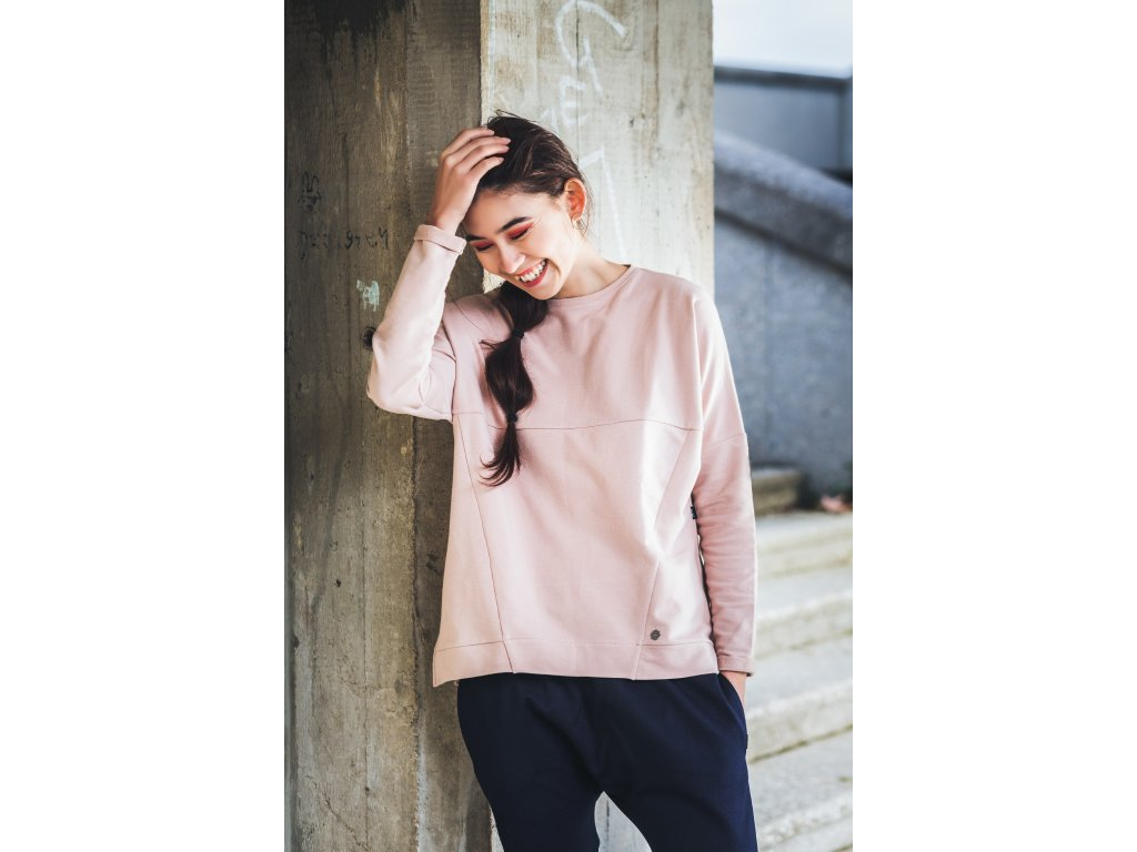 Taily – dusty pink