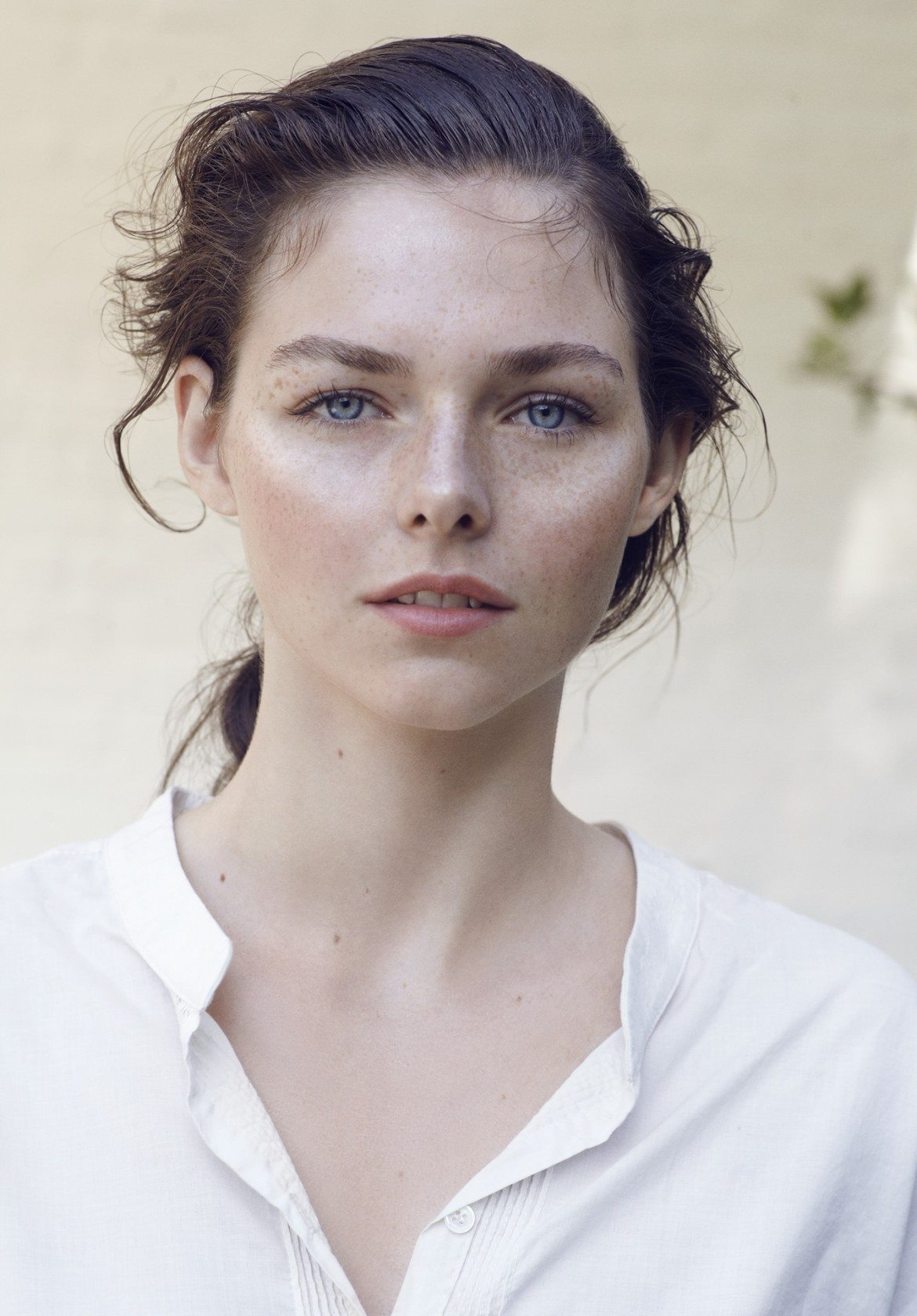 Kjaer-Weis-July-Look-Radiance