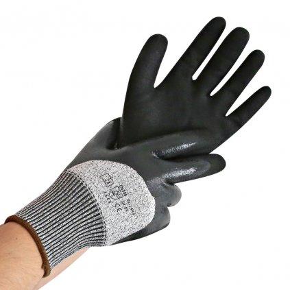 rukavice odolné