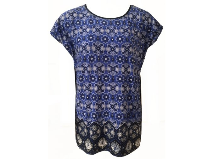 Tmavě modrá dámská halenka se vzorem