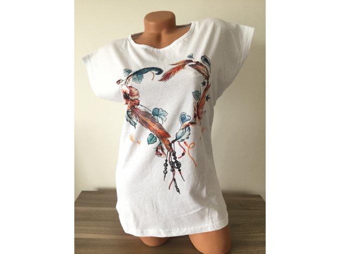 Bílé dámské triko s potiskem barevného srdce