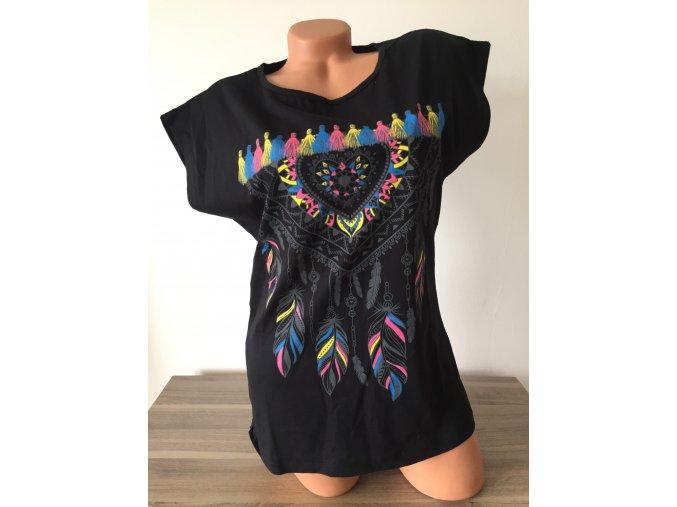Černé dámské triko s boho potiskem, velikost S/M