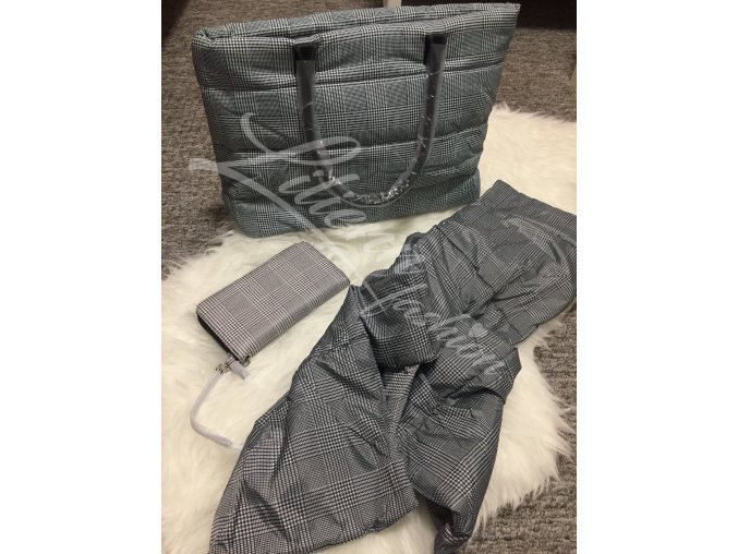 Avon Stylová károvaná sada = kabelka,peněženka,šála