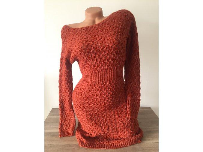 Prodloužené barevné vzorované svetrové šaty, velikost univerzální