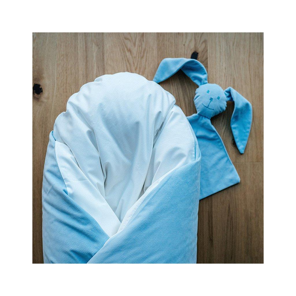 Péřová zavinovačka Baby blue velvet