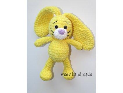 Háčkovaný plyšový králíček ve žluté