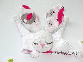 Háčkovaný zajíček usínáček  Háčkované dekorace