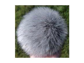 Bambule 87 šedý vlk krátký vlas  Bambule ozdobná na čepice, PRŮMĚR 13 CM
