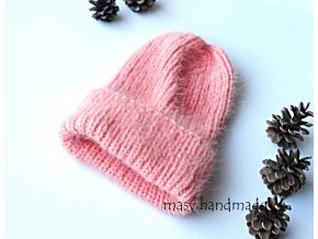 Pletená čepice z norkového kašmíru  háčkované a pletené čepice