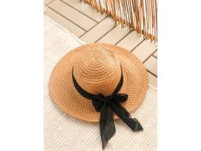 Letní slaměný klobouk s černou mašlí
