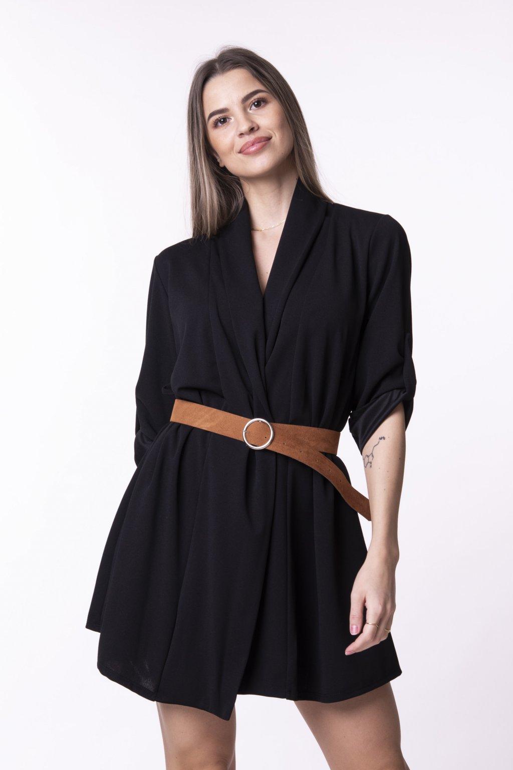 Sakové šaty s páskem