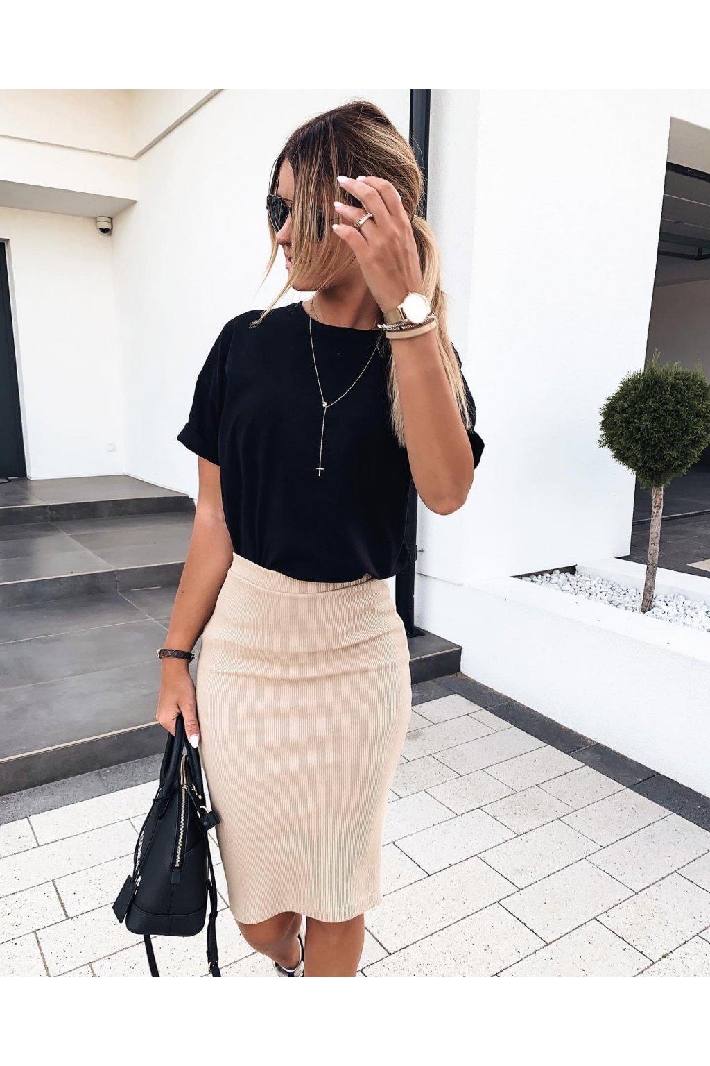 Žebrovaná sukně