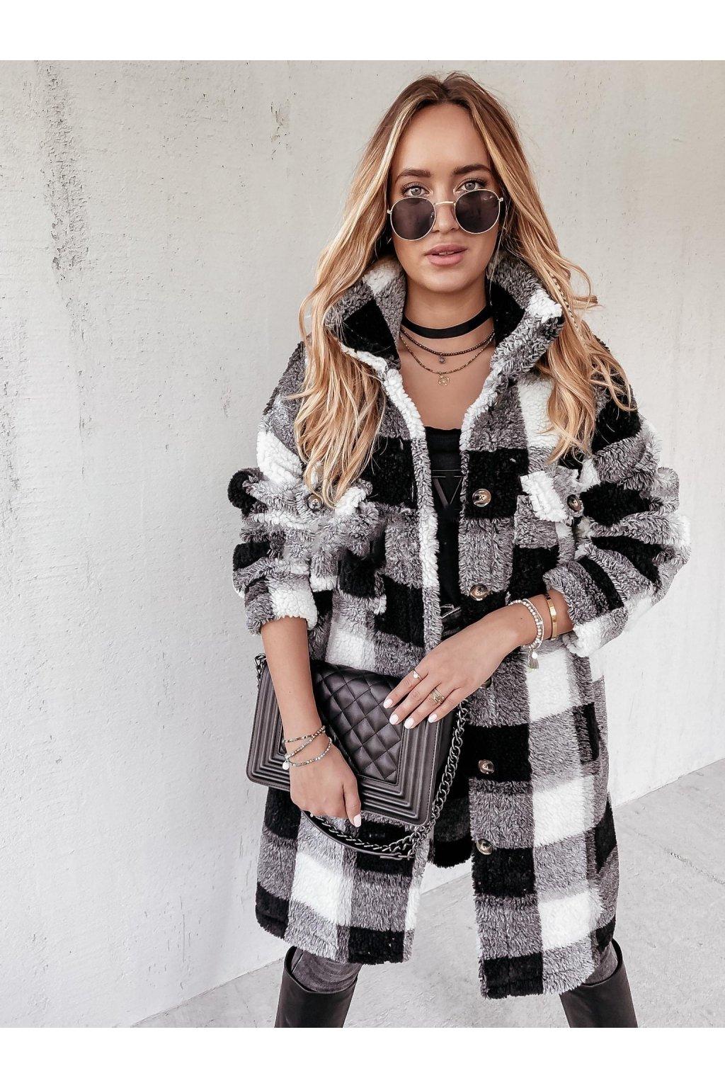 Kabát Fluffy Black