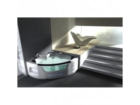 Nová luxusně vybavená hydromasážní vana !!!
