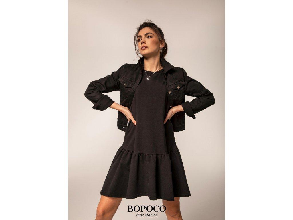 černé šaty + bunda