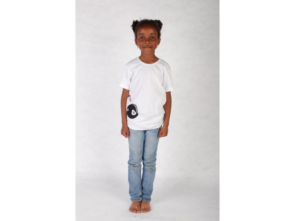 8 (triko bílé KR)