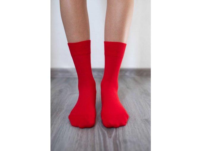 ponožky s prostornou špičkou