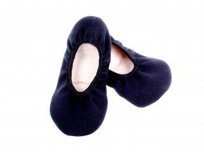 gymnastické cvičky s prostornou špičkou černé