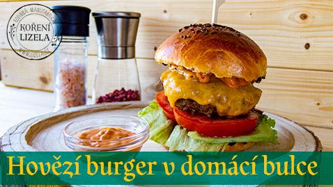 Hovězí burger v domácí bulce