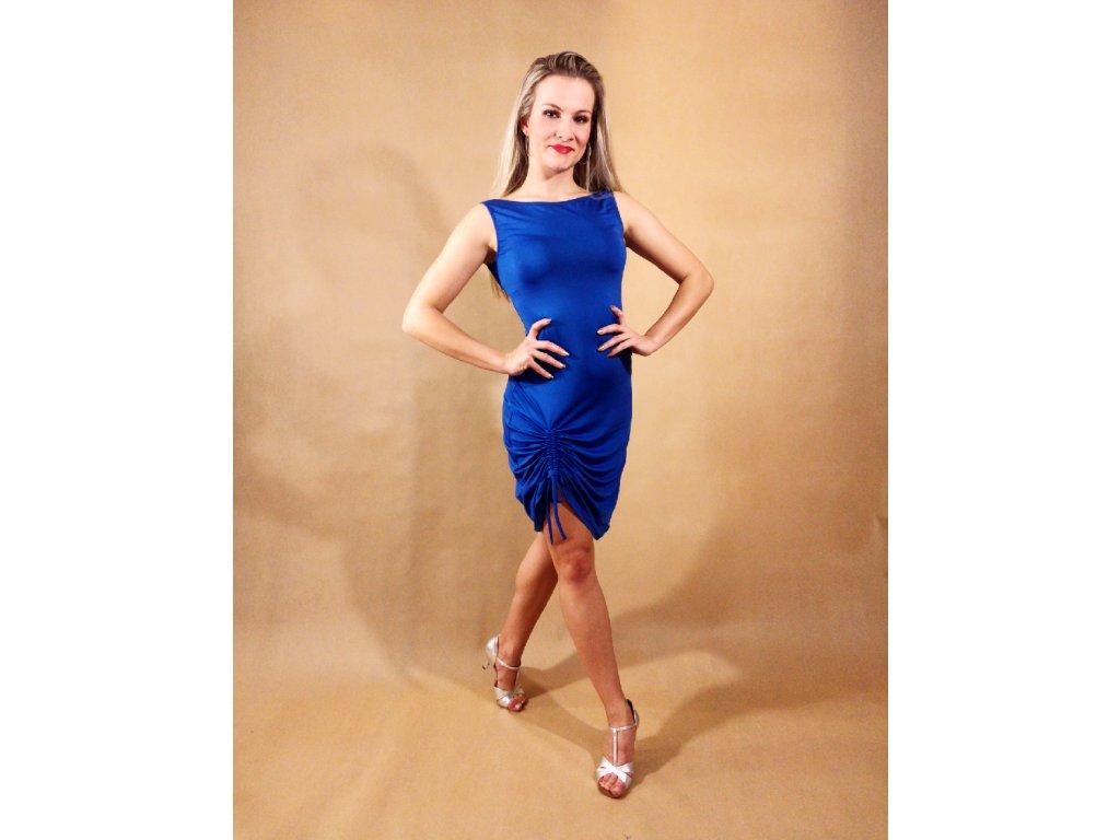 šaty s řasením