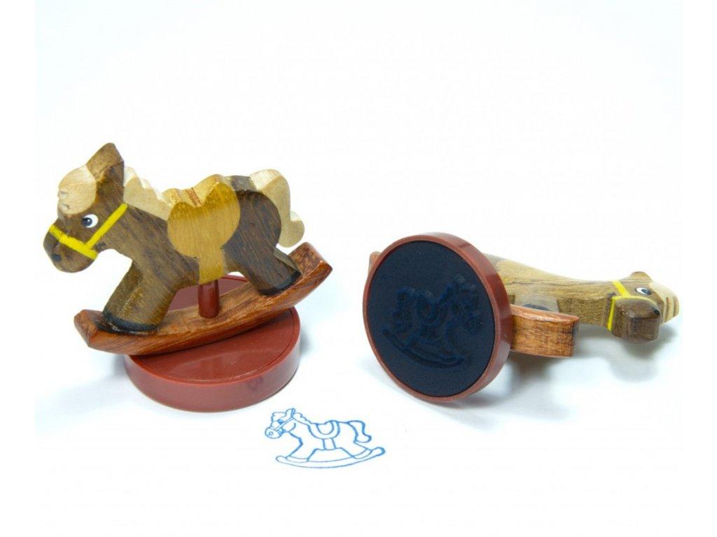 Houpací koník - razítko z tropického dřeva