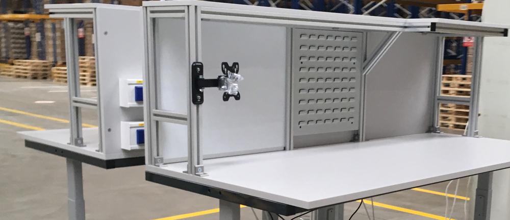 Elektricky výškově stavitelný stůl