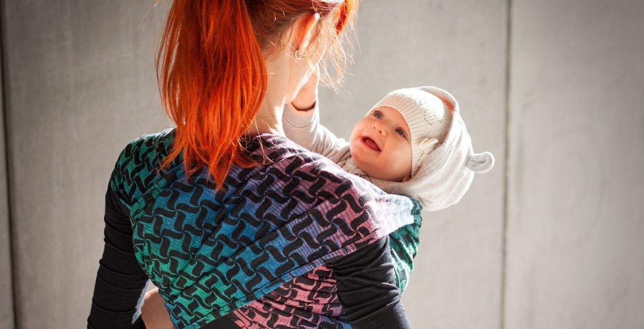 Twist Nordlys - šátek na nošení dětí