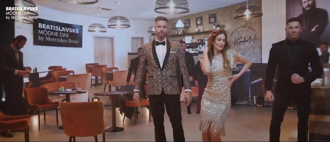 Návrhári sa prekonali! Raper EGO a manželka slovenského miliardára na móle!