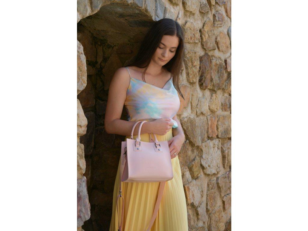 Světle růžová  kabelka Claudia Canova Square