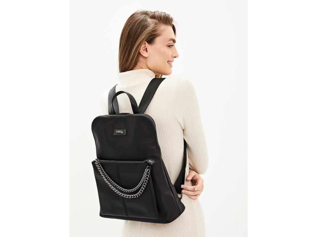 Černý batoh Betsy London