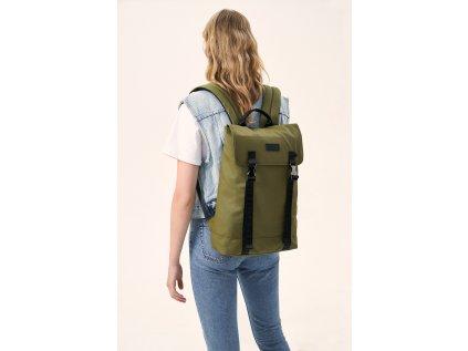 model (50425 olive back 3)
