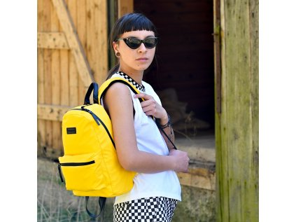 Žlutý batoh Classic CONSIGNED