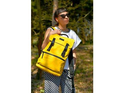 Velký žlutý batoh CONSIGNED KASPA