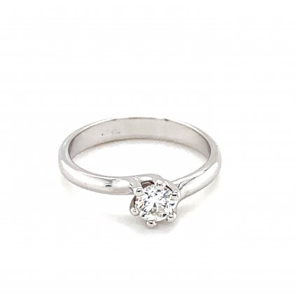 prsten s diamantem, šperky LOOA