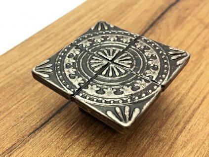 1482 nabytkova knopka sparta nikl patina