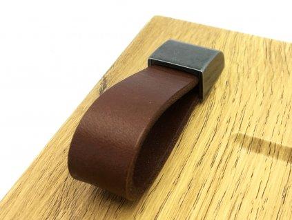 nabytkova kozena knopka leather
